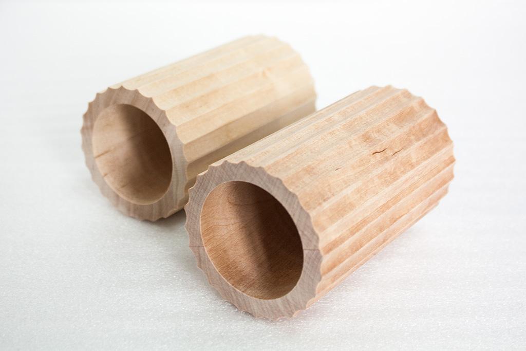 Wałki ryflowane z litego drewna - HELLUX